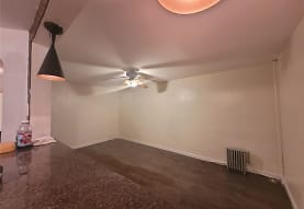 90-34 77th St, Queens, NY