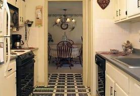 Olde English Village Apartments South Portland Me 04106