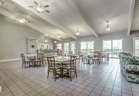 Wellington Club, Shawnee Mission, KS