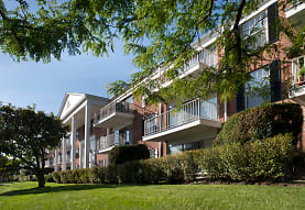 Versailles On the Lakes/Oakbrook Terrace, Oakbrook Terrace, IL