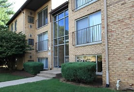 Linden Park Apartments, Triangle, VA