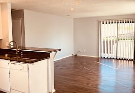 Country Club Apartments, San Bernardino, CA