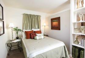 Peppertree Apartments, Metairie, LA