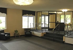 Carlyle Tower Apartment Homes, Southfield, MI