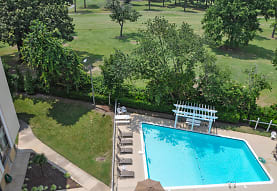 Royal Mace Apartments, Norfolk, VA