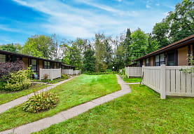 Spruce Hill Apartments, Wooster, OH
