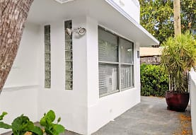 8101 Harding Ave, Miami Beach, FL