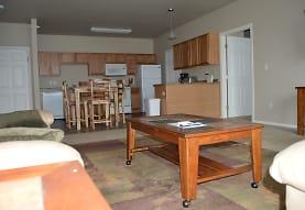 Hunters Creek Apartments, Minot, ND
