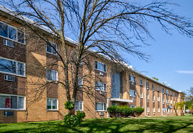 Golfview Apartments, Peoria, IL