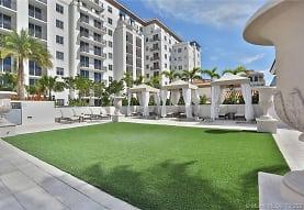 2000 Salzedo St 815, Coral Gables, FL