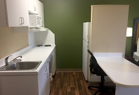 Furnished Studio - Detroit - Ann Arbor - Briarwood Mall, Ann Arbor, MI