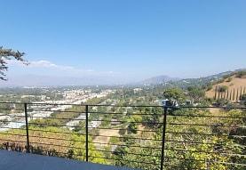 4218 Vanetta Dr, Los Angeles, CA