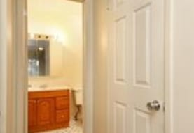 Waverly House Apartments, Pontiac, MI