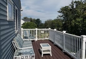 11 Charlemont Rd, Plymouth, MA