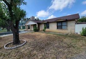 140 North Ave, Laredo, TX