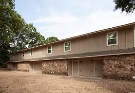 8906 Morris Manor Dr, Little Rock, AR