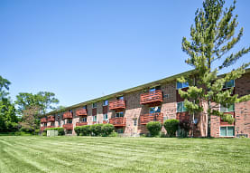Heritage Green Apartments, Mundelein, IL