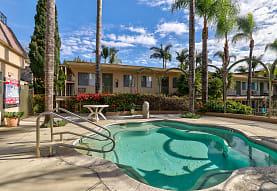 La Habra Hills Apartments, La Habra, CA
