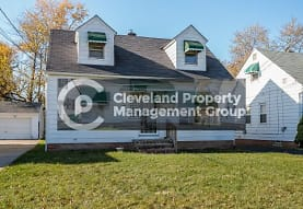 5206 Henry St, Maple Heights, OH