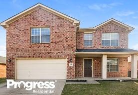 8201 Southbrook Cir, Fort Worth, TX