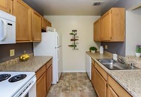 Fox Run Apartments & Townhomes, Bear, DE