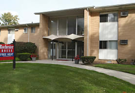 Rochester House Apartments, Royal Oak, MI