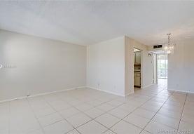 13250 SW 7th Ct 409L, Pembroke Pines, FL