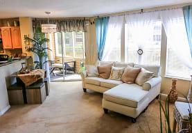 Sun Chase Apartment Homes, Bradenton, FL