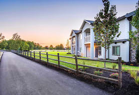 Eagle River Luxury Living, Eagle, ID