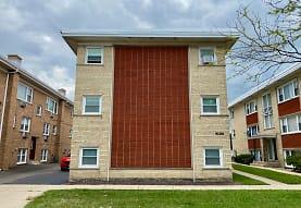 3874 Ruby St 1W, Schiller Park, IL
