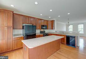 42823 Eggleston Terrace, Chantilly, VA