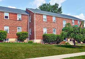 Westland Gardens Apartments & Townhouses, Halethorpe, MD
