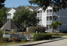 view of building exterior, Audubon Lake Apartment Homes