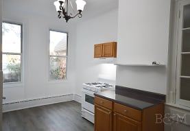 507 Grandview Ave 1R, Queens, NY