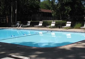 Lake Of The Woods Apartments, Toledo, OH