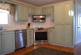 193 Springfield Point Rd, Wolfeboro, NH
