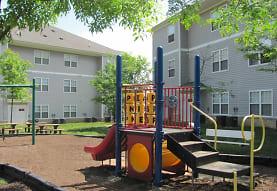 Woodwind Villa Apartments, Woodbridge, VA