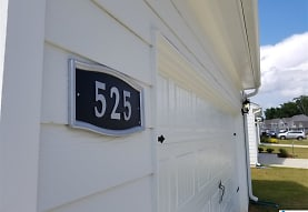 525 Clover Cir, Springville, AL