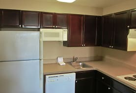 Furnished Studio - Portland - Hillsboro, Hillsboro, OR