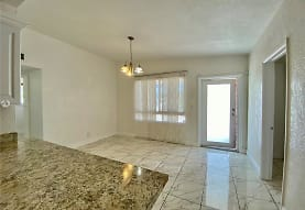 2541 SW 54th Ave 2541, West Park, FL