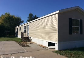 209 SW 4th St, Dickinson, ND