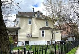 7430 N Paulina St, Chicago, IL