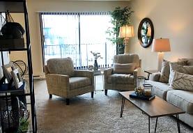 Charlton West Apartments, Saint Paul, MN