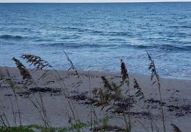 159 Queens Ct, Satellite Beach, FL