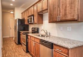 708 South Summit Apartments, Charlotte, NC