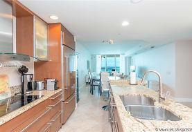 3801 Collins Ave 1102, Miami, FL