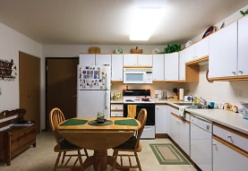 River Square Townhomes 55+, Fargo, ND