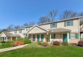 Oak Meadows Apartments, Sinking Spring, PA