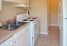 Foxwood Apartment Townhomes, Warner Robins, GA