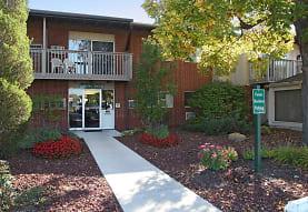 Cedar Creek Apartments, Okemos, MI